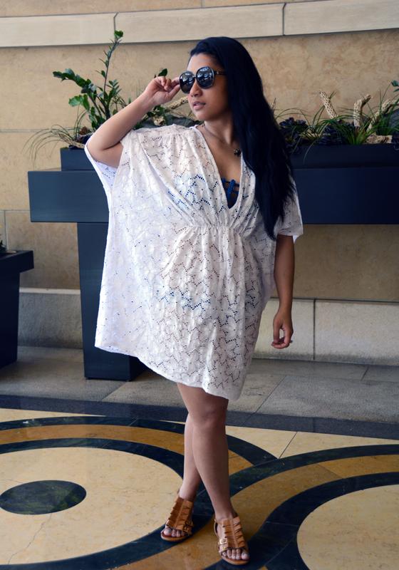 Victoria's Secret Double-V Lace Cover-up