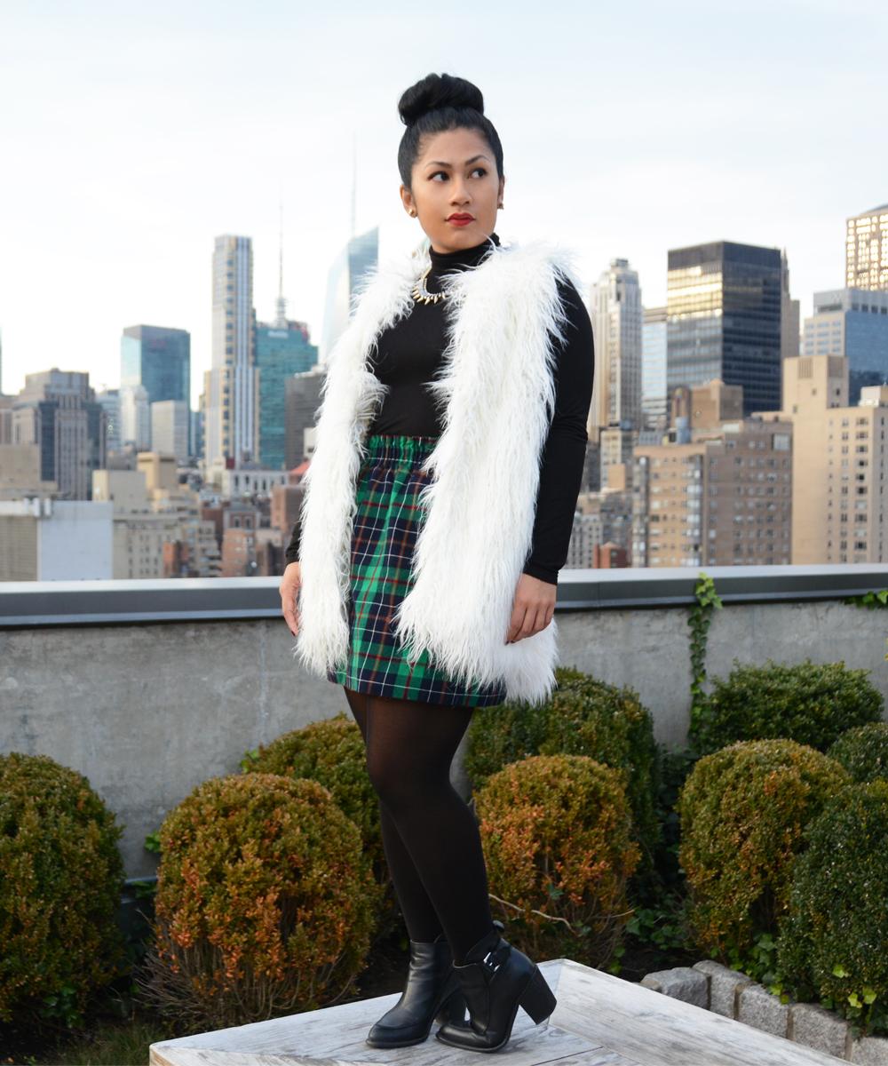 Black Swan Womens North Fur Vest