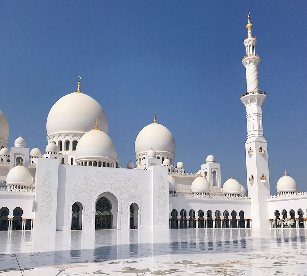 One of the beautiful courtyards of Sheikh Zayed Grand Mosque